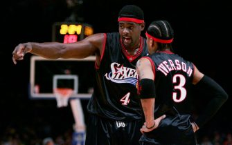 NEW YORK - NOVEMBER 26: Chris Webber #4 talks with Allen Iverson #3  of the Philadelphia 76ers talks in their game against the New York Knicks on November 26, 2005 at Madison Square Garden in New York, New York. NOTE TO USER: User expressly acknowledges and agrees that, by downloading and/or using this Photograph, user is consenting to the terms and conditions of the Getty Images License Agreement.  (Photo by Nick Laham/Getty Images)  *** Local Caption *** Chris Webber;Allen Iverson