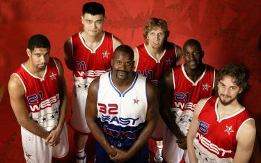 HOUSTON - FEBRUARY 19:  Tim Duncan, Yao Ming, Dirk Nowitzki, Kevin Garnett and Pau Gasol of the Western Conference pose with Shaquille O'Neal of the Eastern Conference for a 2006 NBA All-Star Game Portrait February 19, 2006 at the Toyota Center in Houston, Texas.  NOTE TO USER: User expressly acknowledges and agrees that, by downloading and or using this photograph, user is consenting to the terms and conditions of the Getty Images License Agreement. Mandatory Copyright Notice: Copyright 2006 NBAE (Photo by David Sherman/NBAE via Getty Images)