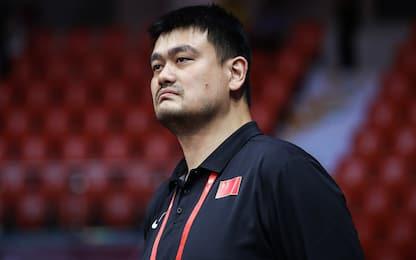 Yao Ming dà l'esempio e dona il sangue a Pechino