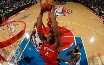 AUBURN HILLS, MI - DECEMBER 23:  Chris Bosh #4 of the Toronto Raptors goes up for a dunk past Chris Wilcox #9 of the Detroit Pistons in a game at the Palace of Auburn Hills on December 23, 2009 in Auburn Hills, Michigan.  NOTE TO USER: User expressly acknowledges and agrees that, by downloading and/or using this photograph, User is consenting to the terms and conditions of the Getty Images License Agreement.  Mandatory Copyright Notice: Copyright 2009 NBAE (Photo by Allen Einstein/NBAE via Getty Images)