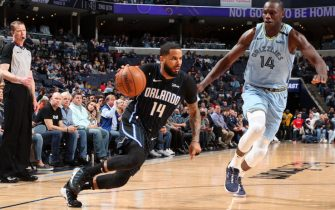 MEMPHIS, TN - MARCH 10: D.J. Augustin #14 of the Orlando Magic handles the ball against the Memphis Grizzlies on March 10, 2020 at FedExForum in Memphis, Tennessee. NOTE TO USER: User expressly acknowledges and agrees that, by downloading and or using this photograph, User is consenting to the terms and conditions of the Getty Images License Agreement. Mandatory Copyright Notice: Copyright 2020 NBAE (Photo by Joe Murphy/NBAE via Getty Images)