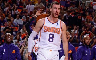PHOENIX, AZ - OCTOBER 23: Frank Kaminsky #8 of the Phoenix Suns reacts during the game against the Sacramento Kings on October 23, 2019 at Talking Stick Resort Arena in Phoenix, Arizona. NOTE TO USER: User expressly acknowledges and agrees that, by downloading and or using this photograph, user is consenting to the terms and conditions of the Getty Images License Agreement. Mandatory Copyright Notice: Copyright 2019 NBAE (Photo by Barry Gossage/NBAE via Getty Images)