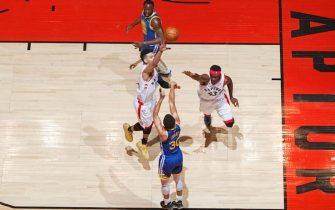 TORONTO, CANADA - JUNE 10: Stephen Curry #30 of the Golden State Warriors shoots a three point basket against the Golden State Warriors during Game Five of the NBA Finals on June 10, 2019 at Scotiabank Arena in Toronto, Ontario, Canada. NOTE TO USER: User expressly acknowledges and agrees that, by downloading and/or using this photograph, user is consenting to the terms and conditions of the Getty Images License Agreement. Mandatory Copyright Notice: Copyright 2019 NBAE (Photo by Mark Blinch/NBAE via Getty Images)