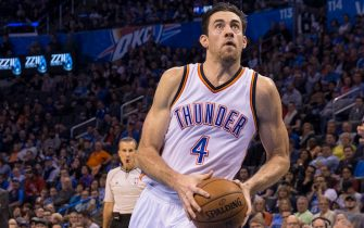 OKLAHOMA CITY, OK - DECEMBER 14: Nick Collison #4 of the Oklahoma City Thunder drives against the Phoenix Suns at the Chesapeake Energy Arena  on December 14, 2013 in Oklahoma City, Oklahoma. NOTE TO USER:  User expressly acknowledges and agrees that, by downloading and/or using this photograph, user is consenting to the terms and conditions of the Getty Images License Agreement. Mandatory Copyright Notice:  Copyright 2014 NBAE (Photo by Richard Rowe/NBAE via Getty Images)