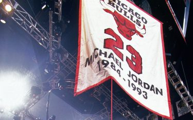 CHICAGO, IL - NOVEMBER 1: Michael Jordan's jersey is pulled to the rafters during Michael Jordan's jersey retirement on November 1, 1994 at the United Center in Chicago, Illinois. NOTE TO USER: User expressly acknowledges and agrees that, by downloading and or using this photograph, User is consenting to the terms and conditions of the Getty Images License Agreement. Mandatory Copyright Notice: Copyright 1994 NBAE (Photo by Nathaniel S. Butler/NBAE via Getty Images)