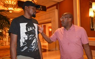 Kevin Durant con Mike Brown