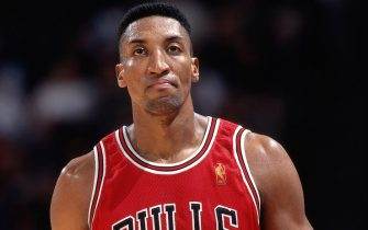 SAN JOSE. CA - JANUARY 31: Scottie Pippen #33 of the Chicago Bulls walks against the Golden State Warriors on January 31, 1997 at San Jose Arena in San Jose, California. NOTE TO USER: User expressly acknowledges and agrees that, by downloading and or using this photograph, User is consenting to the terms and conditions of the Getty Images License Agreement. Mandatory Copyright Notice: Copyright 1997 NBAE (Photo by Rocky Widner/NBAE via Getty Images)