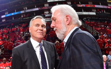 HOUSTON, TX - MAY 11: Gregg Popovich of the San Antonio Spurs shakes hands with Mike D'Antoni of the Houston Rockets after the game during Game Six of the Western Conference Semifinals of the 2017 NBA Playoffs on May 11, 2017 at the Toyota Center in Houston, Texas. NOTE TO USER: User expressly acknowledges and agrees that, by downloading and or using this photograph, User is consenting to the terms and conditions of the Getty Images License Agreement. Mandatory Copyright Notice: Copyright 2017 NBAE (Photo by Jesse D. Garrabrant/NBAE via Getty Images)