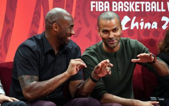 BEIJING, CHINA - SEPTEMBER 15: NBA Legends Kobe Bryant and Tony Parker talk during the 2019 FIBA World Cup Finals at the Cadillac Arena on September 15, 2019 in Beijing, China.  NOTE TO USER: User expressly acknowledges and agrees that, by downloading and/or using this Photograph, user is consenting to the terms and conditions of the Getty Images License Agreement. Mandatory Copyright Notice: Copyright 2019 NBAE (Photo by Garrett Ellwood/NBAE via Getty Images)