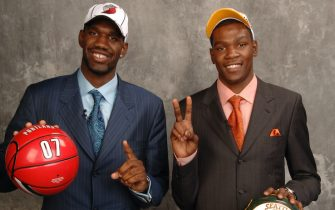 NEW YORK - JUNE 28: Greg Oden, selected first overall by the Portland Trailblazers, and Kevin Durant, selected second overall by the Seattle SuperSonics, pose for a portrait backstage during the 2007 NBA Draft at the WaMu Theatre at Madison Square Garden June 28, 2007 in New York City. NOTE TO USER: User expressly acknowledges and agrees that, by downloading and or using this photograph, User is consenting to the terms and conditions of the Getty Images License Agreement. Mandatory Copyright Notice: Copyright 2007 NBAE (Photo by Jennifer Pottheiser/NBAE via Getty Images)