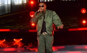 NEW YORK,NY - FEBRUARY 15: Recording Artist Nas sings for the crowd prior to the 2015 NBA All-Star Game at Madison Square Garden on February 15, 2015 in New York,New York NOTE TO USER: User expressly acknowledges and agrees that, by downloading and/or using this Photograph, user is consenting to the terms and conditions of the Getty Images License Agreement. Mandatory Copyright Notice: Copyright 2015 NBAE (Photo by Jesse D. Garrabrant/NBAE via Getty Images)