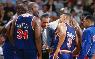1994:  Head Coach of the New York Knicks Pat Riley talks things over with his players during  an NBA game circa 1994.  NOTE TO USER: User expressly acknowledges and agrees that, by downloading and/or using this Photograph, User is consenting to the terms and conditions of the Getty Images License Agreement. Mandatory Copyright Notice: Copyright 1994 NBAE (Photo by Nathaniel S. Butler/NBAE via Getty Images)
