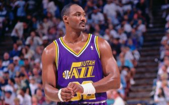 SACRAMENTO, CA - 1996: Karl Malone #32 of the Utah Jazz looks on against the Sacramento Kings circa 1996 at Arco Arena in Sacramento, California. NOTE TO USER: User expressly acknowledges and agrees that, by downloading and or using this photograph, User is consenting to the terms and conditions of the Getty Images License Agreement. Mandatory Copyright Notice: Copyright 1996 NBAE (Photo by Rocky Widner/NBAE via Getty Images)