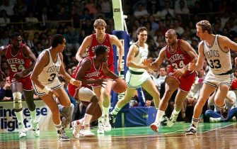 BOSTON - 1987:  Andrew Toney of the Philadelphia 76ers leads the break down court against the Boston Celtics at the Boston Garden in 1987 in Boston, Massachusetts.  NOTE TO USER: User expressly acknowledges and agrees that, by downloading and/or using this Photograph, User is consenting to the terms and conditions of the Getty Images License Agreement.  Mandatory Copyright Notice:  Copyright 1987 NBAE  (Photo by Steve Lipofsky/NBAE via Getty Images)