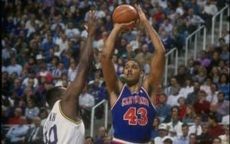 1992-1993:  Center Brad Daugherty of the Cleveland Cavaliers (right) prepares to shoot the ball during a game against the Utah Jazz at the Delta Center in Salt Lake City, Utah. Mandatory Credit: Tom Smart  /Allsport