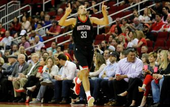 HOUSTON, TX - MARCH 27:  Houston Rockets forward Ryan Anderson #33 celebrates after a three point shot against the Chicago Bulls in the first half at Toyota Center on March 27, 2018 in Houston, Texas.  NOTE TO USER: User expressly acknowledges and agrees that, by downloading and or using this photograph, User is consenting to the terms and conditions of the Getty Images License Agreement.  (Photo by Tim Warner/Getty Images)