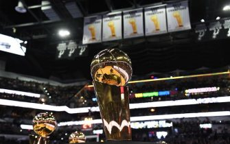 SAN ANTONIO, TX - NOVEMBER 11: The Larry O'Brien Championship Trophy is on display during the Memphis Grizzlies game against the San Antonio Spurs on November 11, 2019 at the AT&T Center in San Antonio, Texas. NOTE TO USER: User expressly acknowledges and agrees that, by downloading and or using this photograph, user is consenting to the terms and conditions of the Getty Images License Agreement. Mandatory Copyright Notice: Copyright 2019 NBAE (Photos by Andrew D. Bernstein/NBAE via Getty Images)