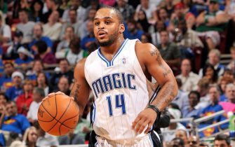 ORLANDO, FL - DECEMBER 25:  Jameer Nelson #14 of the Orlando Magic drives the ball up court during the game against the Boston Celtics on December 25, 2009 at Amway Arena in Orlando, Florida.  The Celtics won 86-77.  NOTE TO USER: User expressly acknowledges and agrees that, by downloading and/or using this Photograph, user is consenting to the terms and conditions of the Getty Images License Agreement. Mandatory Copyright Notice: Copyright 2009 NBAE  (Photo by Fernando Medina/NBAE via Getty Images)