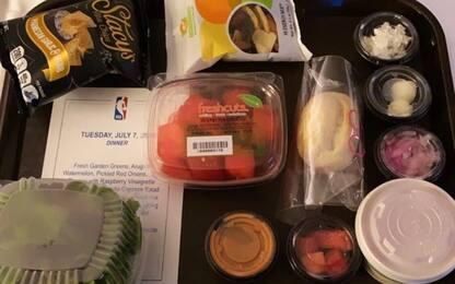 Problemi con il cibo nella bolla: arriva uno chef