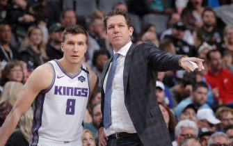 SACRAMENTO, CA - MARCH 1: Bogdan Bogdanovic #8 and Head coach Luke Walton of the Sacramento Kings talk during the game against the Detroit Pistons on March 1, 2020 at Golden 1 Center in Sacramento, California. NOTE TO USER: User expressly acknowledges and agrees that, by downloading and or using this photograph, User is consenting to the terms and conditions of the Getty Images Agreement. Mandatory Copyright Notice: Copyright 2020 NBAE (Photo by Rocky Widner/NBAE via Getty Images)