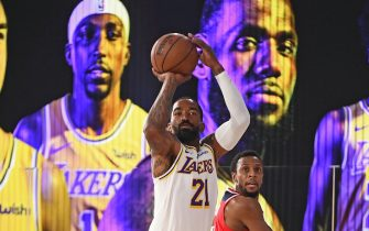 ORLANDO, FL - JULY 27: JR Smith #21 of the Los Angeles Lakers shoots the ball against the Washington Wizards on July 27, 2020 in Orlando, Florida at Visa Athletic Center at ESPN Wide World of Sports. NOTE TO USER: User expressly acknowledges and agrees that, by downloading and/or using this photograph, user is consenting to the terms and conditions of the Getty Images License Agreement. Mandatory Copyright Notice: Copyright 2020 NBAE (Photo by Garrett Ellwood/NBAE via Getty Images)