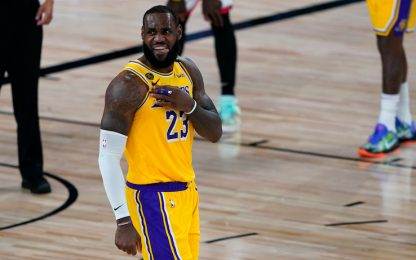"LeBron elogia i Raptors: ""Campioni oltre Kawhi"""