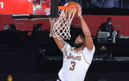 Davis show e Lakers in vetta, Memphis perde ancora
