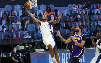 Orlando, FL - AUGUST 8: T.J. Warren #1 of the Indiana Pacers drives to the basket during the game against the Los Angeles Lakers on August 8, 2020 at The Field House at ESPN Wide World Of Sports Complex in Orlando, Florida. NOTE TO USER: User expressly acknowledges and agrees that, by downloading and/or using this Photograph, user is consenting to the terms and conditions of the Getty Images License Agreement. Mandatory Copyright Notice: Copyright 2020 NBAE (Photo by Jesse D. Garrabrant/NBAE via Getty Images)