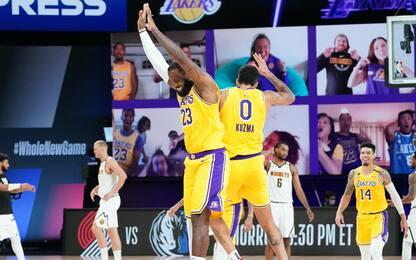 Kuzma decisivo per i Lakers, Butler ferma Warren