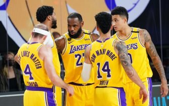 Orlando, FL - AUGUST 10: The Los Angeles Lakers huddle up during a game against the Denver Nuggets on August 10, 2020 at the AdventHealth Arena at in Orlando, Florida. NOTE TO USER: User expressly acknowledges and agrees that, by downloading and/or using this Photograph, user is consenting to the terms and conditions of the Getty Images License Agreement. Mandatory Copyright Notice: Copyright 2020 NBAE (Photo by Jesse D. Garrabrant/NBAE via Getty Images)