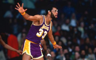 LANDOVER, MD - CIRCA 1978: Kareem Abdul-Jabbar #33 of the Los Angeles Lakers plays defense against the Washington Bullets during an NBA basketball game circa 1978 at the Capital Centre in Landover, Maryland. Abdul-Jabbar played for the Lakers from 1975-89. (Photo by Focus on Sport/Getty Images) *** Local Caption *** Kareem Abdul-Jabbar