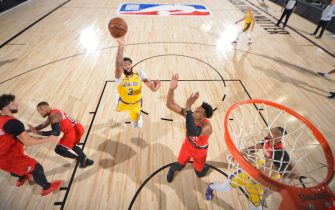 ORLANDO, FL - AUGUST 20: Anthony Davis #3 of the Los Angeles Lakers shoots the ball against the Portland Trail Blazers during Round One, Game Two of the NBA Playoffs on August 20, 2020 at the AdventHealth Arena at ESPN Wide World Of Sports Complex in Orlando, Florida. NOTE TO USER: User expressly acknowledges and agrees that, by downloading and/or using this Photograph, user is consenting to the terms and conditions of the Getty Images License Agreement. Mandatory Copyright Notice: Copyright 2020 NBAE (Photo by Jesse D. Garrabrant/NBAE via Getty Images)