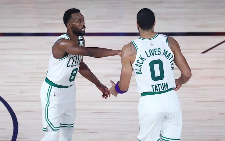"""NBA – Toronto e Boston completano lo """"sweep"""", Nets e Sixers a casa. Che paura per Tobias Harris!"""