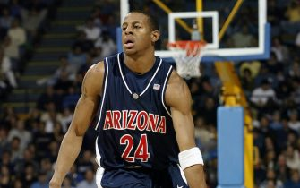 WESTWOOD, CA - JANUARY 17:  Andre Iguodala #24 of the Arizona Wildcats moves the ball during the game against the UCLA Bruins on January 17, 2004 at Pauley Pavillion in Westwood, California. Arizona won 97-72.  (Photo by Harry How/Getty Images) *** Local Caption *** Andre Iguodala