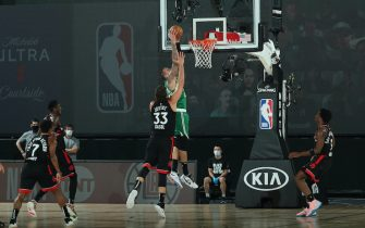 Orlando, FL - SEPTEMBER 3: Daniel Theis #27 of the Boston Celtics dunks the ball against the Toronto Raptors during Game Three of the Eastern Conference Semifinals on September 3, 2020 in Orlando, Florida at The Field House. NOTE TO USER: User expressly acknowledges and agrees that, by downloading and/or using this Photograph, user is consenting to the terms and conditions of the Getty Images License Agreement. Mandatory Copyright Notice: Copyright 2020 NBAE (Photo by Nathaniel S. Butler/NBAE via Getty Images)