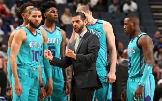CHARLOTTE, NC - MARCH 5: Head coach James Borrego of the Charlotte Hornets talks with the team in the huddle during the game on March 5, 2020 at Spectrum Center in Charlotte, North Carolina. NOTE TO USER: User expressly acknowledges and agrees that, by downloading and or using this photograph, User is consenting to the terms and conditions of the Getty Images License Agreement. Mandatory Copyright Notice: Copyright 2020 NBAE (Photo by Kent Smith/NBAE via Getty Images)