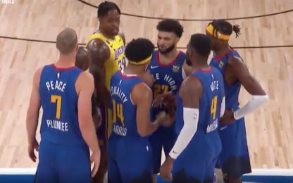 Howard origlia le strategie dei Nuggets. VIDEO