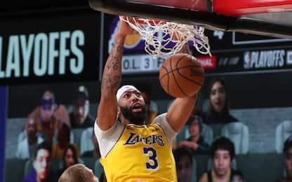 Super Davis: i Lakers dominano gara-1, Nuggets ko