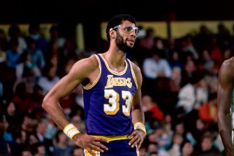 BOSTON, MA - 1981: Kareem Abdul-Jabbar #33 of the Los Angeles Lakers awaits a foul call during a game circa 1981 at the Boston Garden in Boston, Massachusetts. NOTE TO USER: User expressly acknowledges and agrees that, by downloading and or using this photograph, User is consenting to the terms and conditions of the Getty Images License Agreement. Mandatory Copyright Notice: Copyright 1981 NBAE (Photo by Dick Raphael/NBAE via Getty Images)