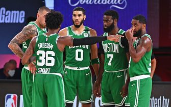 ORLANDO, FL - SEPTEMBER 23: The Boston Celtics huddle up during Game Four of the Eastern Conference Finals against the Miami Heat on September 23, 2020 in Orlando, Florida at AdventHealth Arena. NOTE TO USER: User expressly acknowledges and agrees that, by downloading and/or using this Photograph, user is consenting to the terms and conditions of the Getty Images License Agreement. Mandatory Copyright Notice: Copyright 2020 NBAE (Photo by Garrett Ellwood/NBAE via Getty Images)