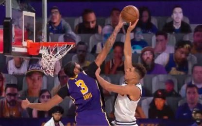 Davis cancella Porter Jr.: che stoppata! VIDEO