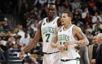 BOSTON - JANUARY 22:  Al Jefferson #7 and Delonte West #13 of the Boston Celtics talk after a play against the San Antonio Spurs January 22, 2007 at the TD Banknorth Garden in Boston, Massachusetts. NOTE TO USER: User expressly acknowledges and agrees that, by downloading and/or using this Photograph, user is consenting to the terms and conditions of the Getty Images License Agreement. Mandatory Copyright Notice: Copyright 2007 NBAE  (Photo by Brian Babineau/NBAE via Getty Images)