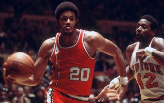 NEW YORK - CIRCA 1977: Maurice Lucas #20 of the Portland Trail Blazers drives to the basket against the New York Knicks during an NBA basketball game circa 1977 at Madison Square Garden in the Manhattan borough of New York City. Lucas played for the Trail Blazers from 1976-80 and 1987-88. (Photo by Focus on Sport/Getty Images) *** Local Caption *** Maurice Lucas