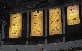 LOS ANGELES - OCTOBER 26:  The 2009-2010 Los Angeles Lakers Championship banner is displayed during the ring ceremony prior to the opening night game against the Houston Rockets at Staples Center on October 26, 2010 in Los Angeles, California. NOTE TO USER: User expressly acknowledges and agrees that, by downloading and/or using this Photograph, user is consenting to the terms and conditions of the Getty Images License Agreement. Mandatory Copyright Notice: Copyright 2010 NBAE (Photo by Noah Graham/NBAE via Getty Images)