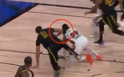 AD ha colpito Crowder sul volto in gara-5? VIDEO