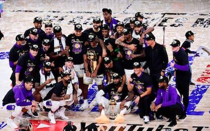 La premiazione e la festa dei Lakers. FOTO