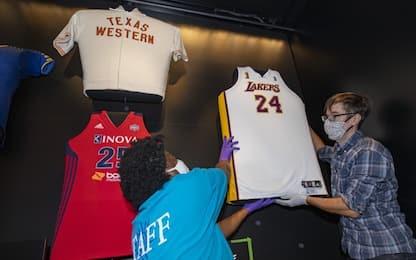 La maglia di Kobe finisce in un museo Smithsonian