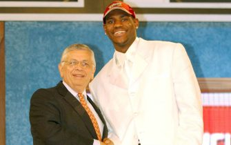 NEW YORK - JUNE 26:  LeBron James who was selected number one overall in the first round by the Cleveland Cavailiers shakes hands with NBA Commissioner David Stern during the 2003 NBA Draft at the Paramount Theatre at Madison Square Garden on June 26, 2003 in New York, New York.  NOTE TO USER: User expressly acknowledges and agrees that, by downloading and/or using this Photograph, User is consenting to the terms and conditions of the Getty Images License Agreement.  (Photo by Jesse D. Garrabrant/NBAE via Getty Images)