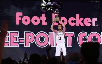 NEW ORLEANS, LA - FEBRUARY 15: Marco Belinelli #8 of the San Antonio Spurs holds his trophy after winning the Foot Locker Three-Point Contest on State Farm All-Star Saturday Night as part of the 2014 All-Star Weekend at Smoothie King Center on February 15, 2014 in New Orleans, Louisiana. NOTE TO USER: User expressly acknowledges and agrees that, by downloading and/or using this photograph, user is consenting to the terms and conditions of the Getty Images License Agreement.  Mandatory Copyright Notice: Copyright 2014 NBAE (Photo by Ron Hoskins/NBAE via Getty Images)