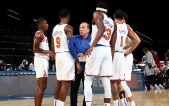 NEW YORK, NY - DECEMBER 16: Tom Thibodeau of the New York Knicks huddles with his team during a time out during the game against the Cleveland Cavaliers on December 16, 2020 at Madison Square Garden in New York, New York. NOTE TO USER: User expressly acknowledges and agrees that, by downloading and or using this Photograph, user is consenting to the terms and conditions of the Getty Images License Agreement. Mandatory Copyright Notice: Copyright 2020 NBAE (Photo by Nathaniel S. Butler/NBAE via Getty Images)